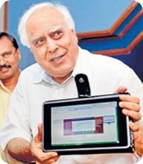 Kapil Sibal with 1500 rupees laptop