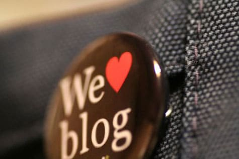 Keep Blog Visitors Glued